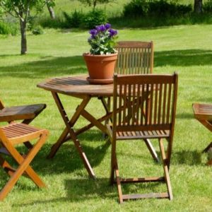 Wooden Garden Furniture UK | Reviews & Guide 2021